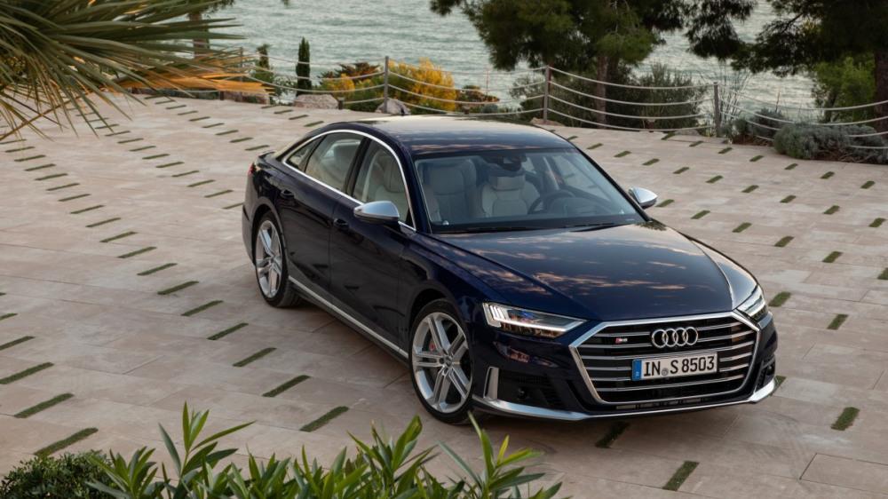 Audi S8 3
