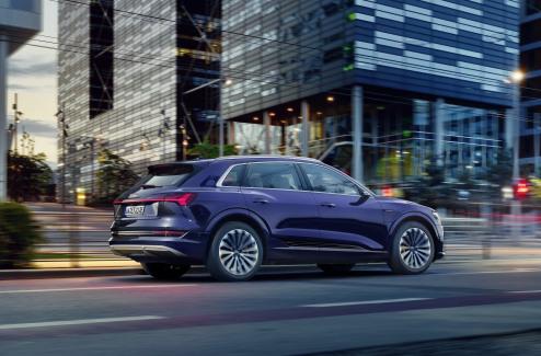 Audi e-tron S-line exterieur (1)