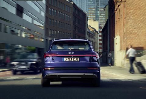 Audi e-tron S-line exterieur (2)