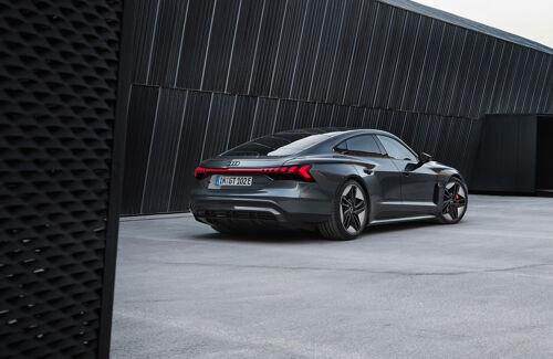 RS e-tron GT (10)